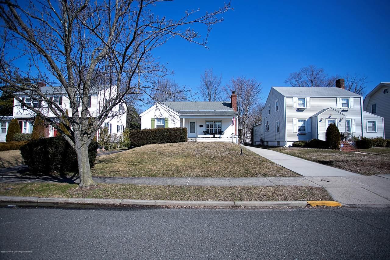 311 Cedar Avenue - Photo 1
