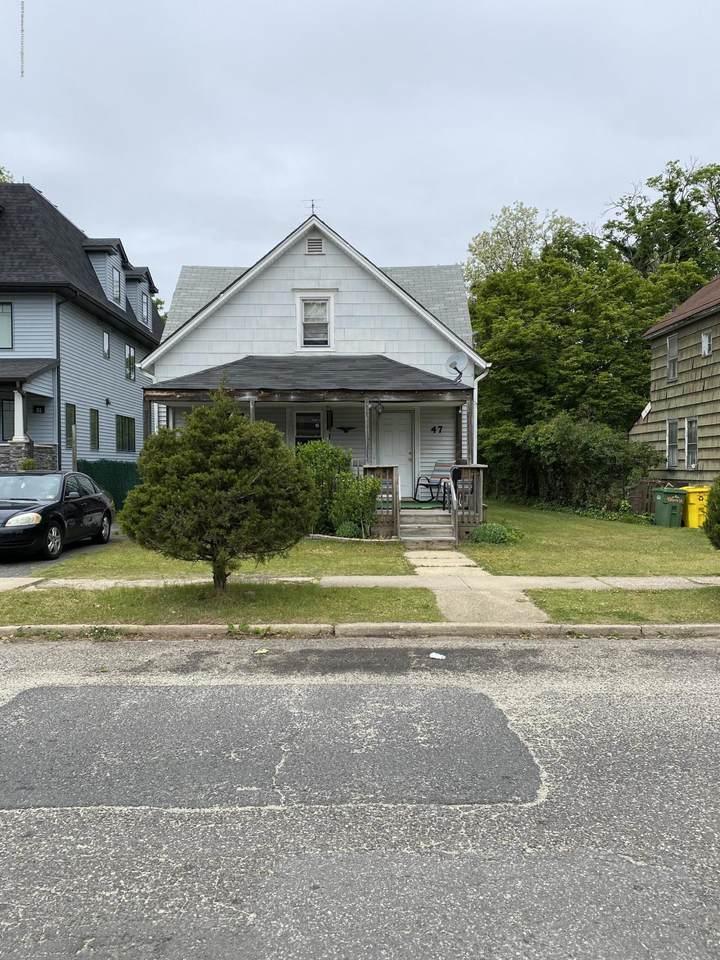 47 Birch Street - Photo 1