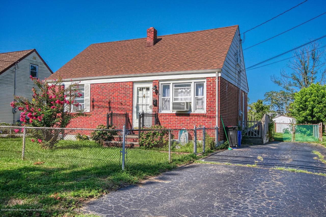 315 Poole Avenue - Photo 1