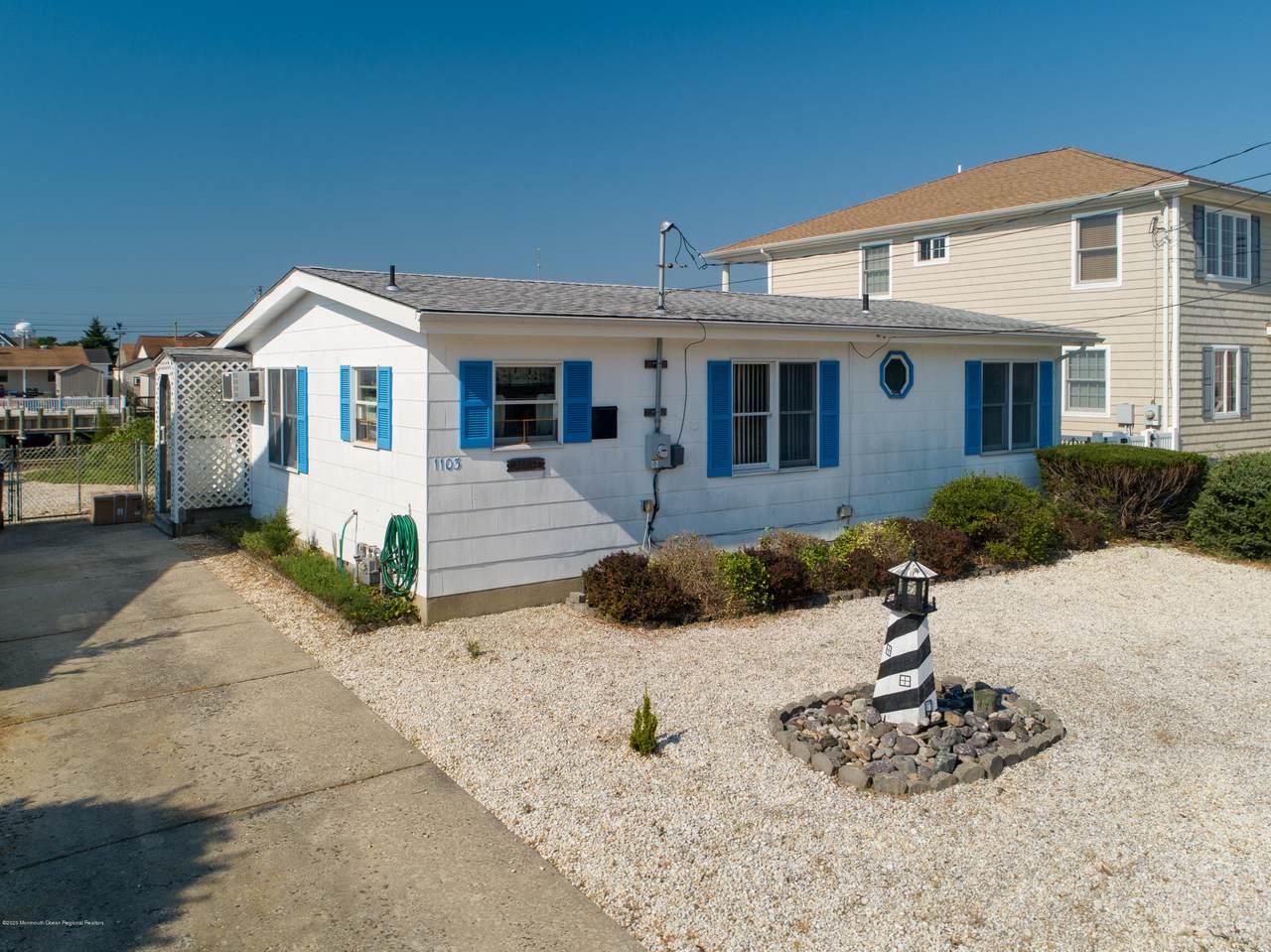 1103 Beach Haven West Boulevard - Photo 1