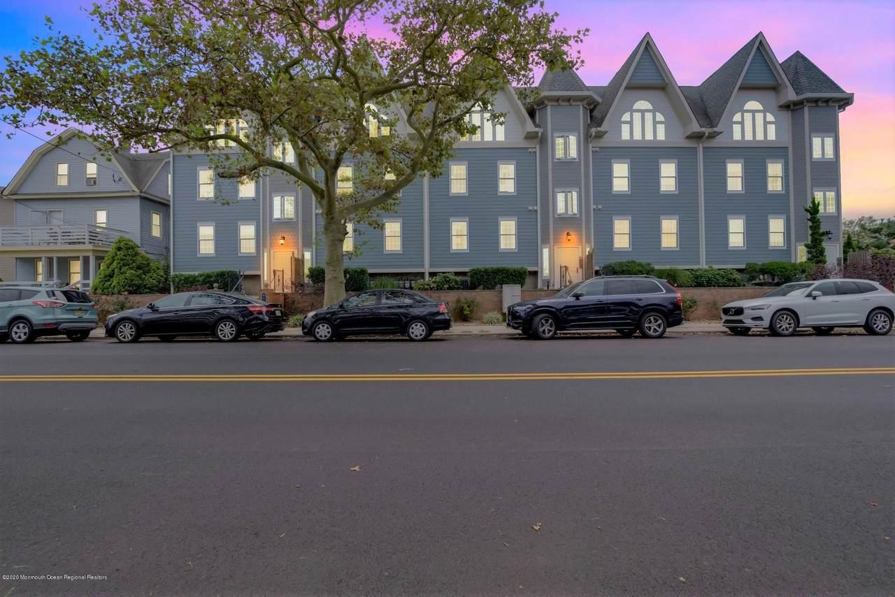 215 Ocean Park Avenue - Photo 1
