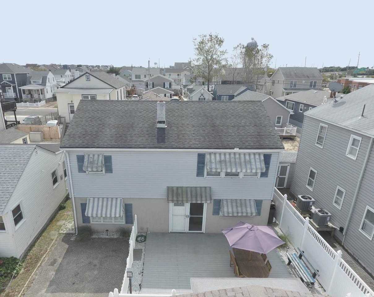 259 Carteret Avenue - Photo 1