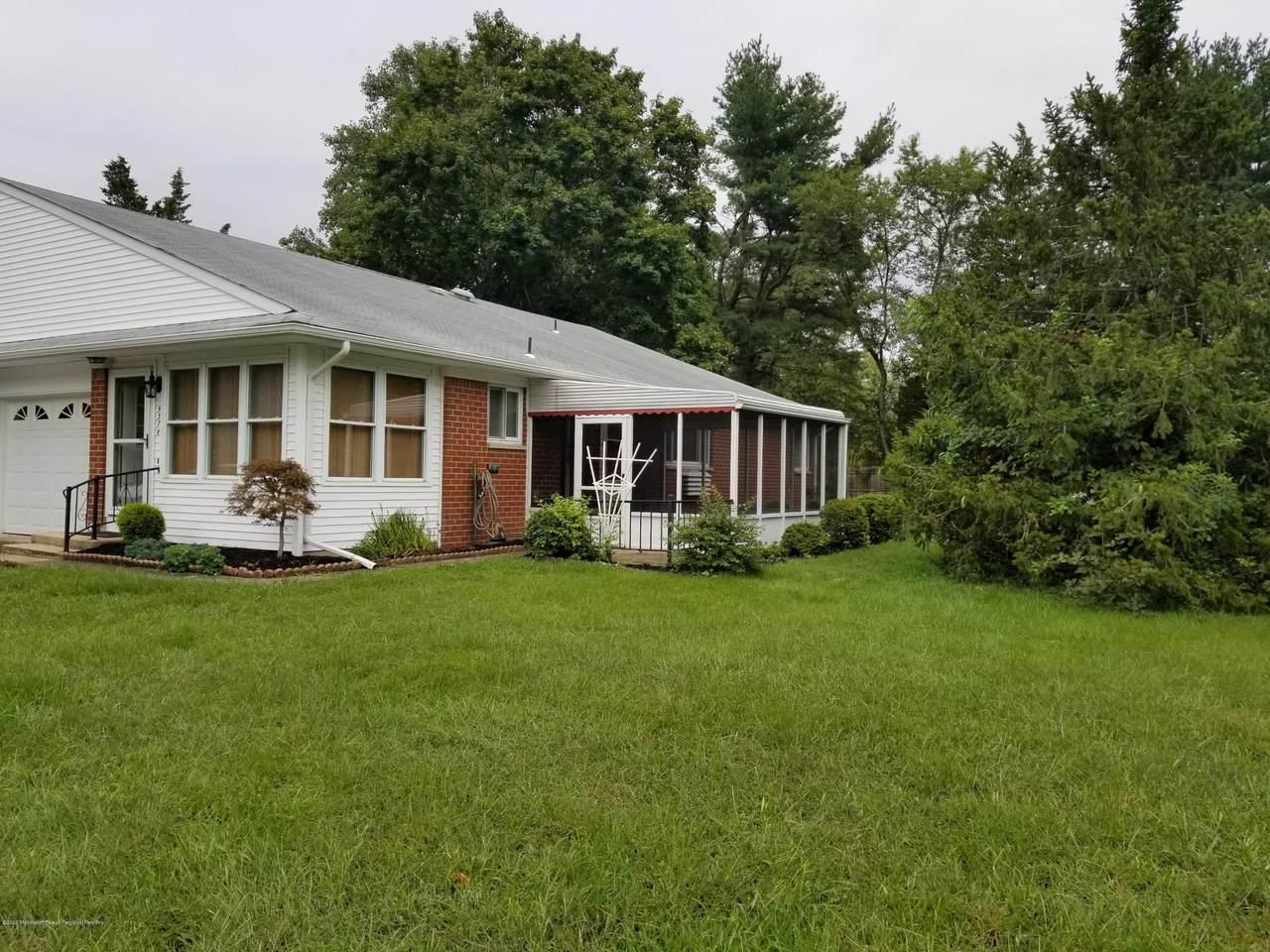 537 B Lilac Lane - Photo 1