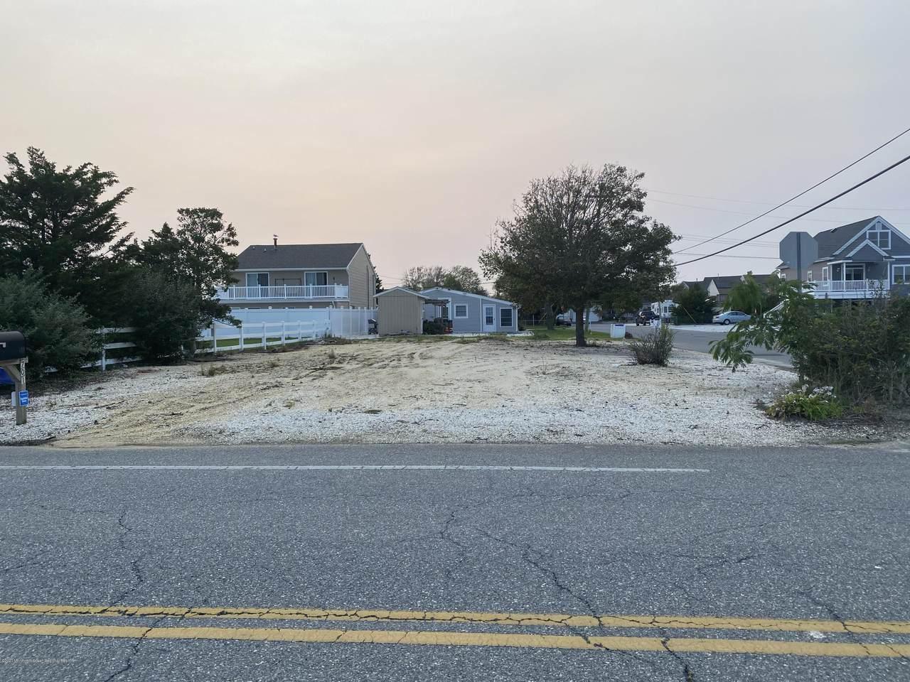 1701 Beach Boulevard - Photo 1