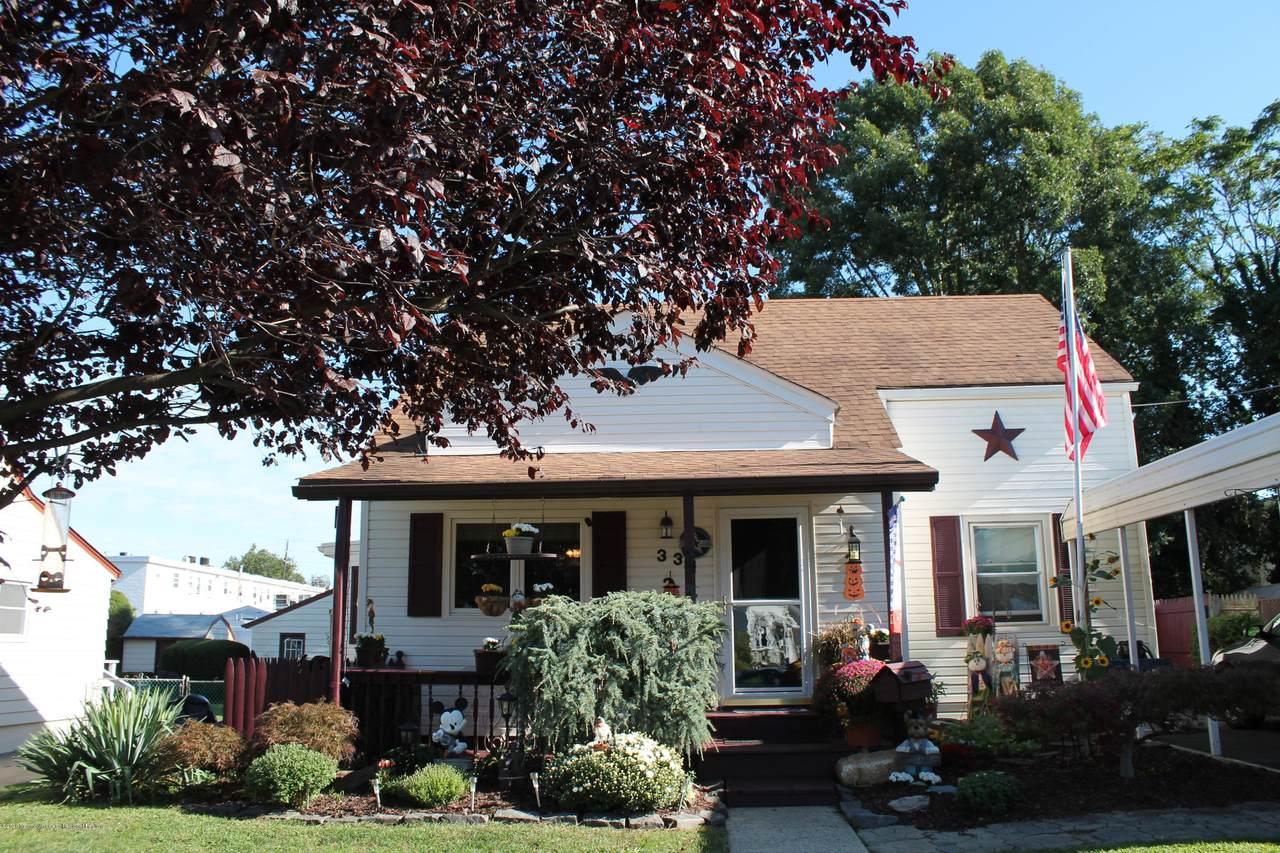 33 Meredith Road - Photo 1