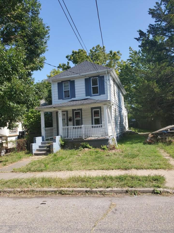 418 Fisher Avenue - Photo 1