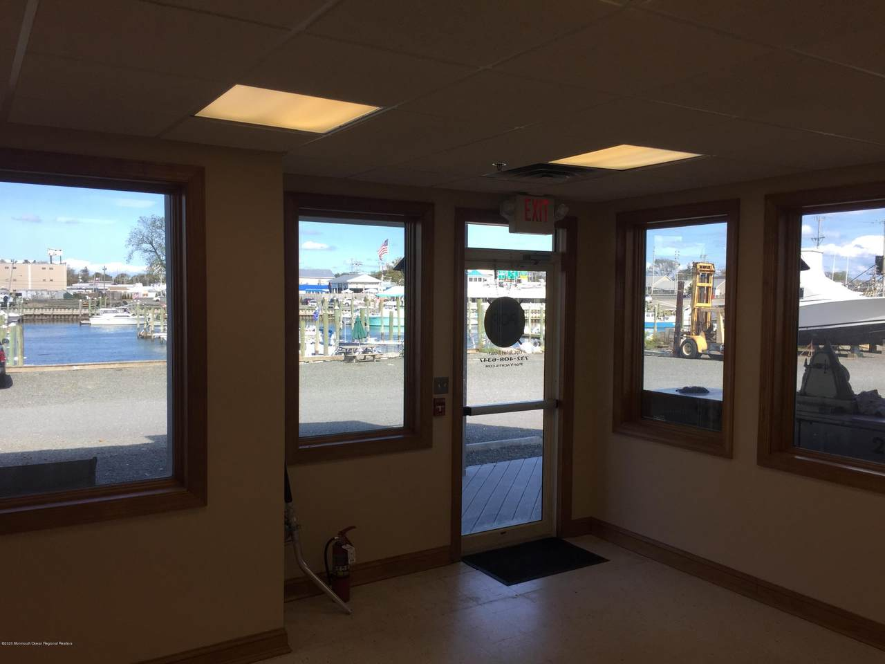 1 Seaview Circle - Photo 1
