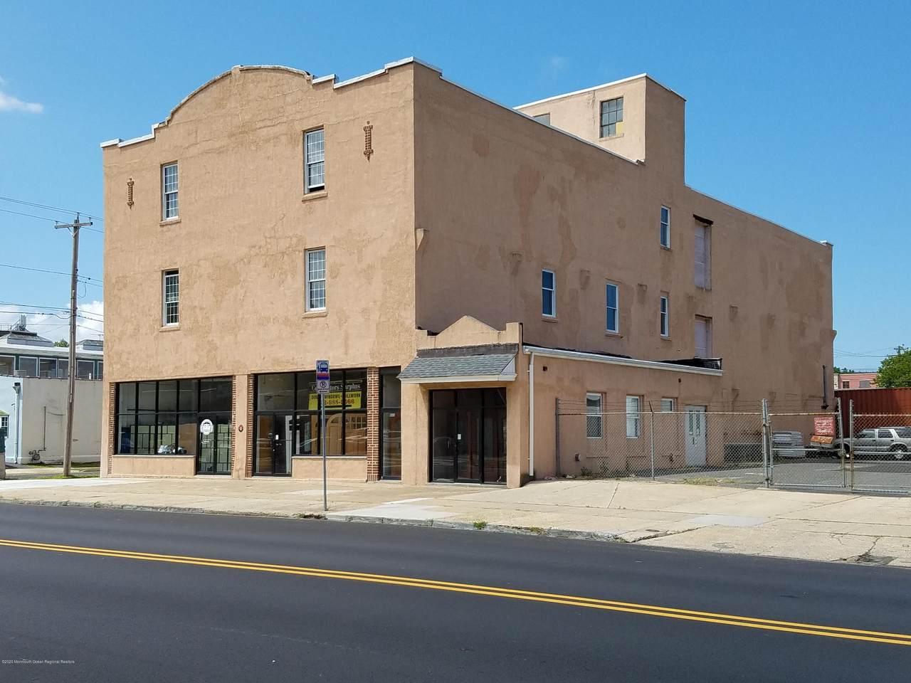 929 Asbury Avenue - Photo 1