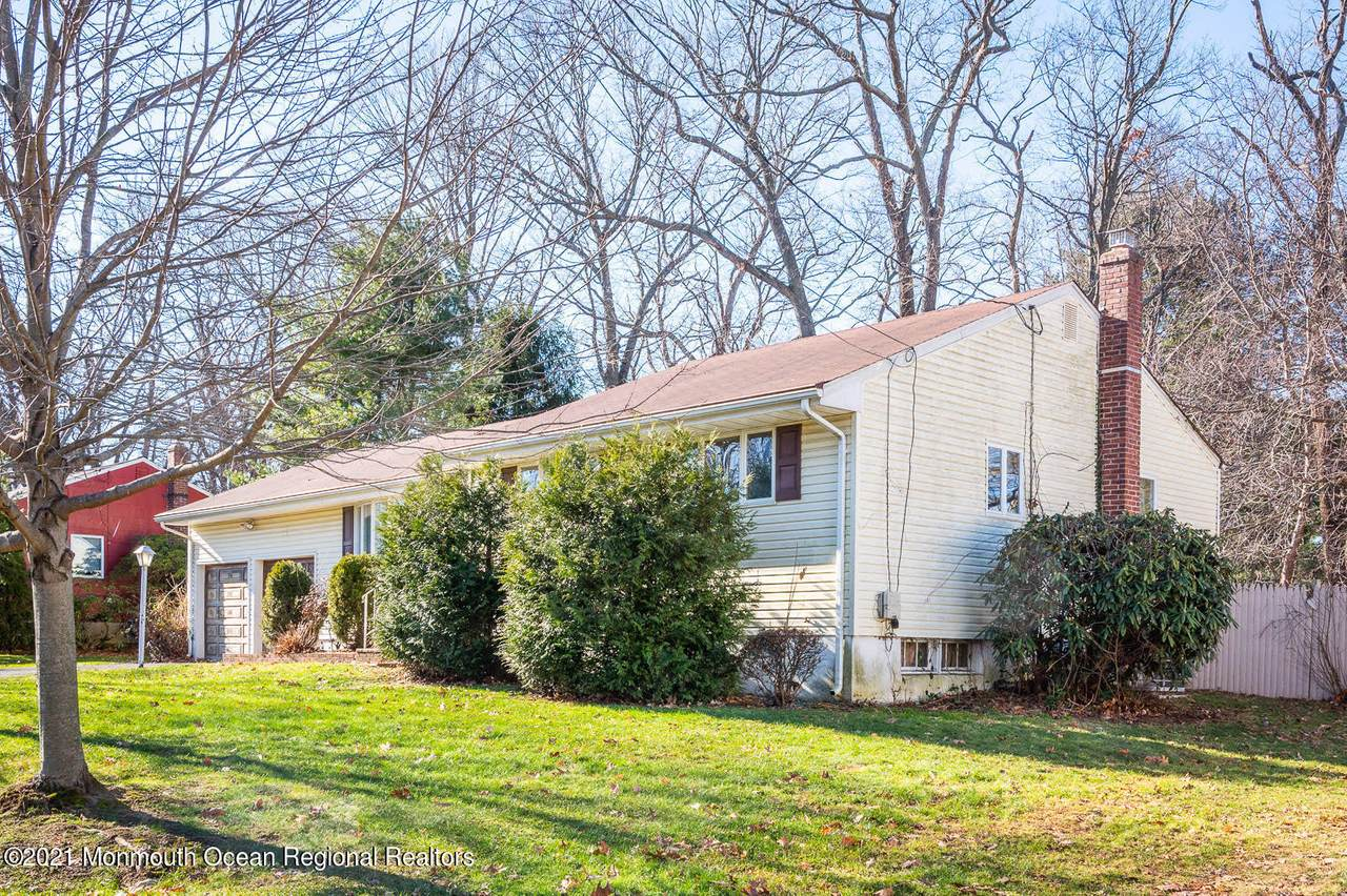 11 Chestnut Ridge Road - Photo 1