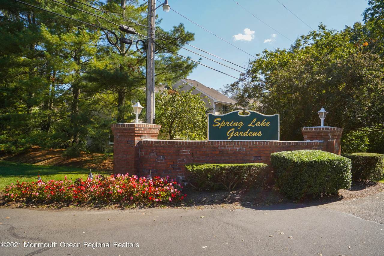 151 Spring Lake Gardens Court - Photo 1