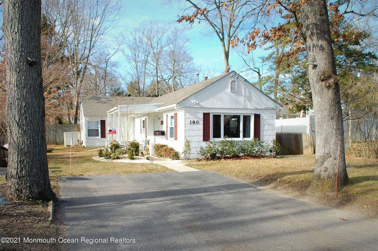 180 Cliftwood Road - Photo 1