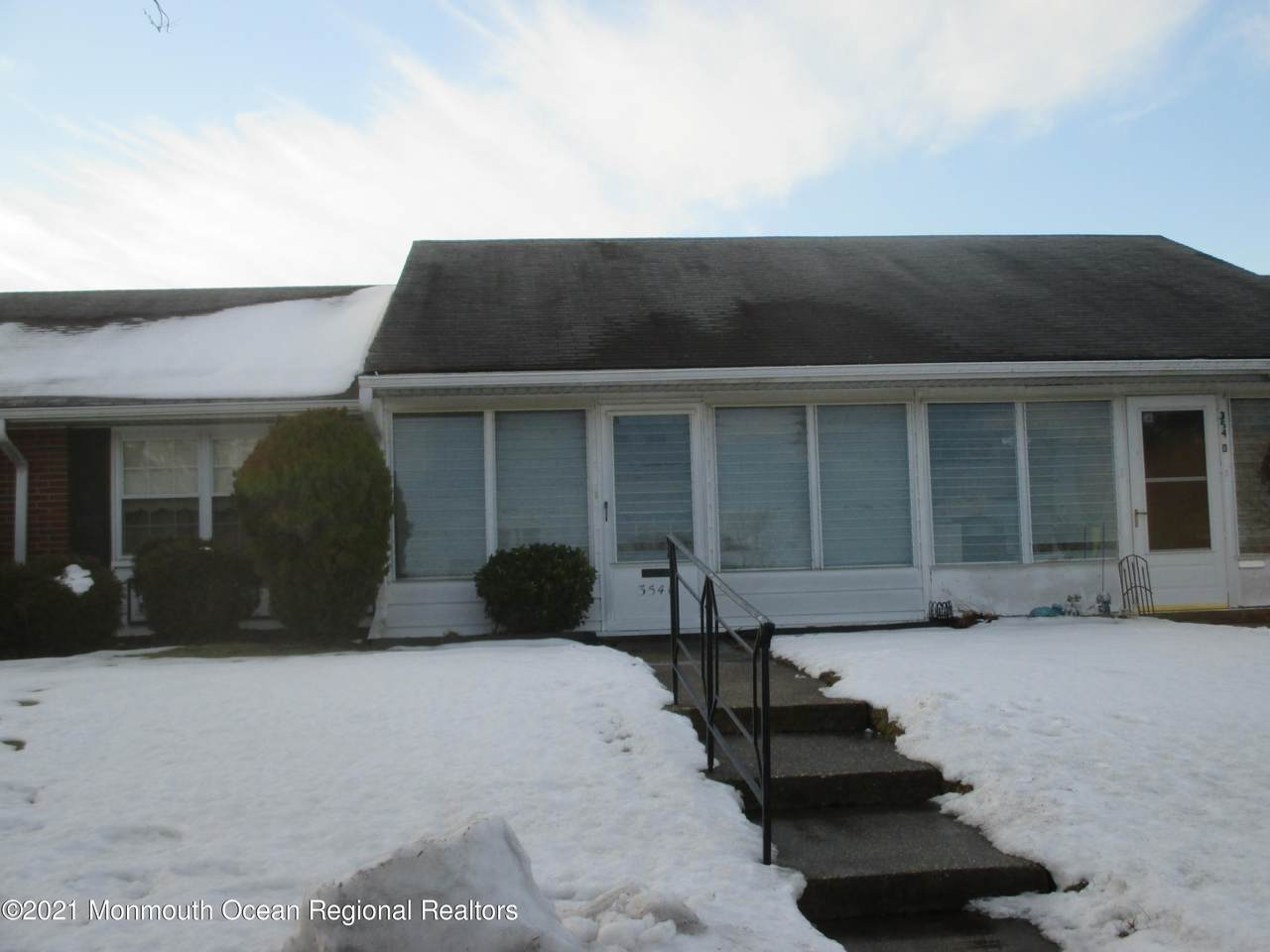 354C Dorchester Drive - Photo 1