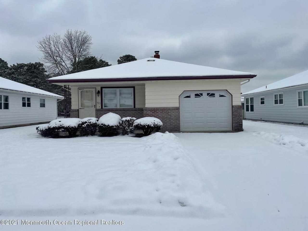 483 Saint Thomas Drive - Photo 1