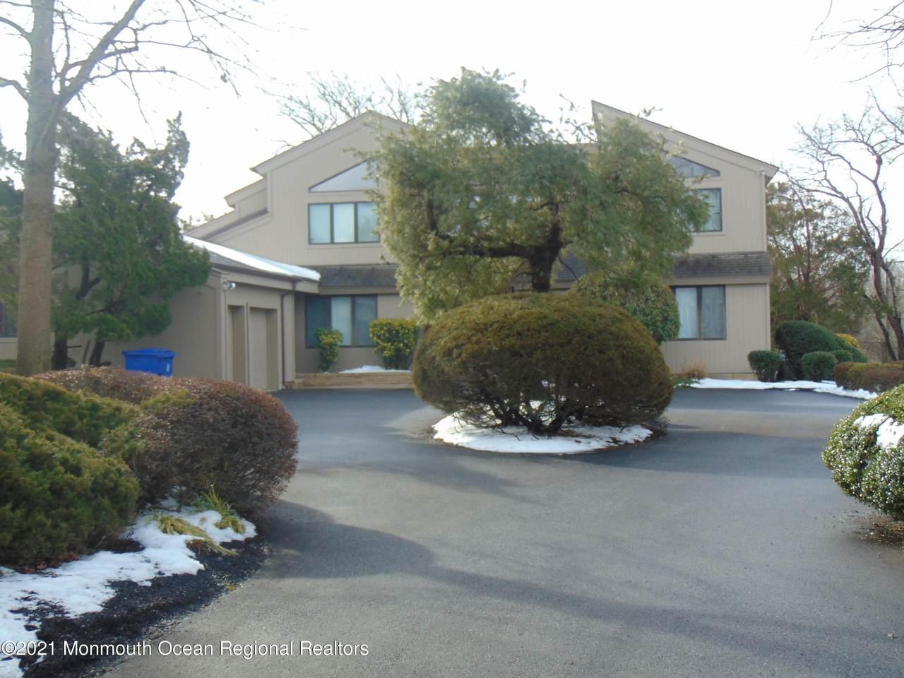 484 Eagle Point Drive - Photo 1