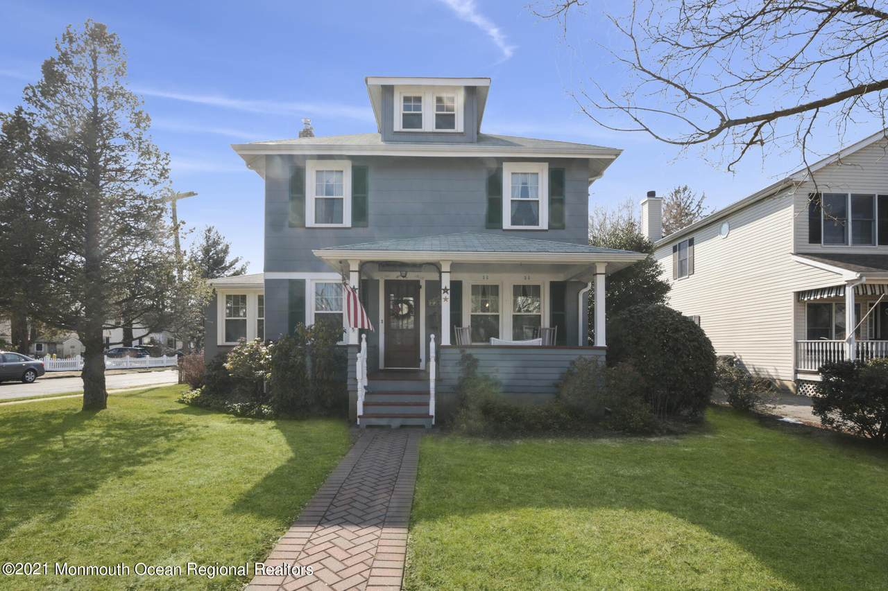 126 Lincoln Avenue - Photo 1