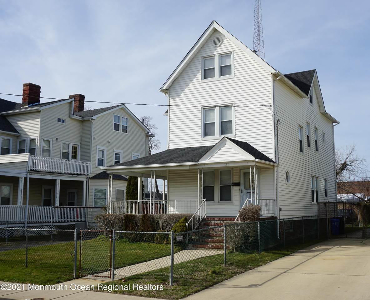 141 Garfield Avenue - Photo 1