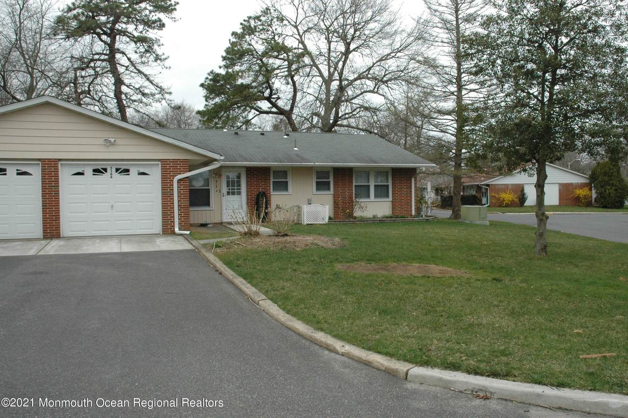 516A Portsmouth Drive - Photo 1