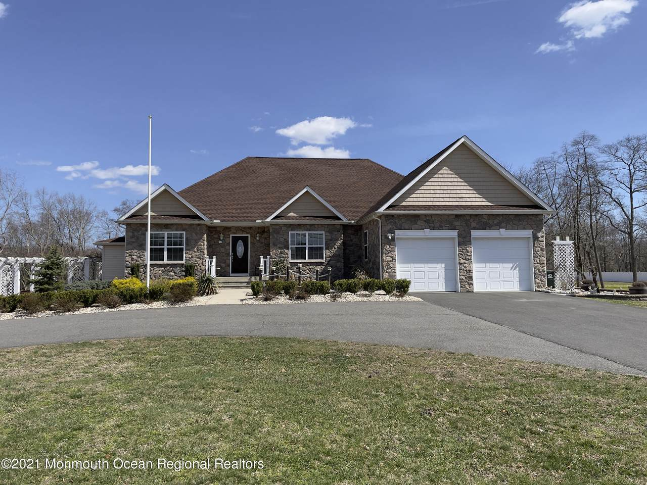 169 Oak Glen Road - Photo 1