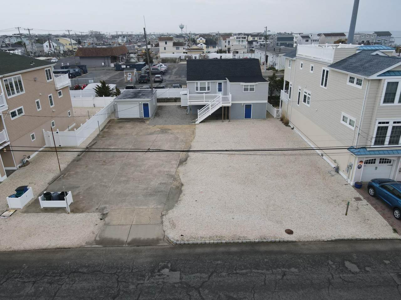 10 Winifred Avenue - Photo 1