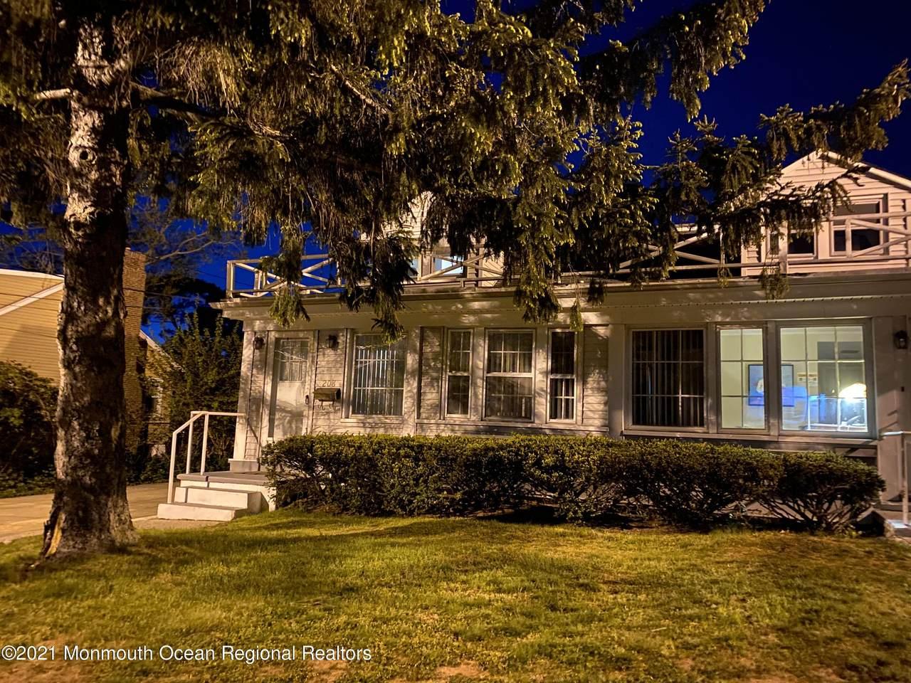 208 Norwood Avenue - Photo 1