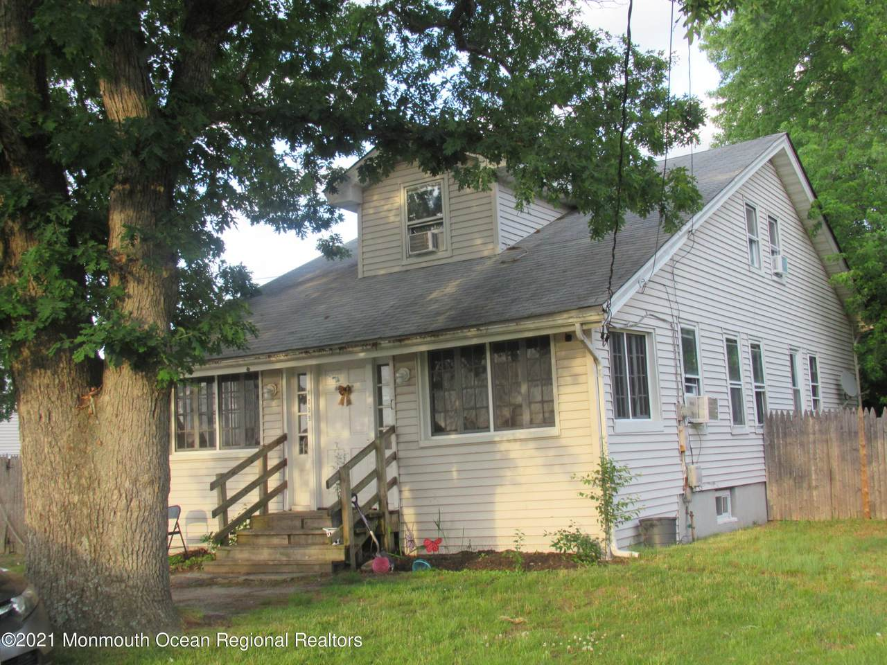 1059 Old Freehold Road - Photo 1