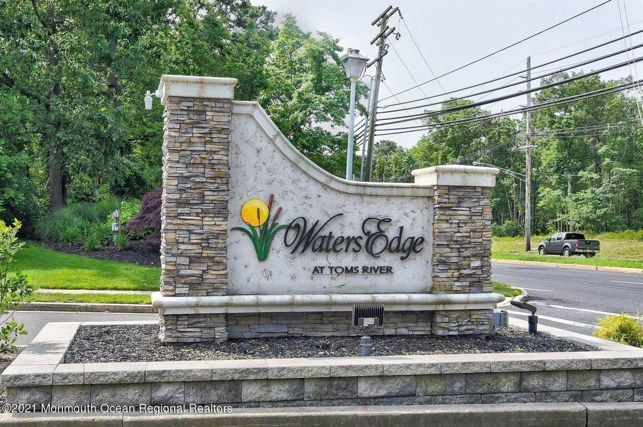 1519 Waters Edge Drive - Photo 1
