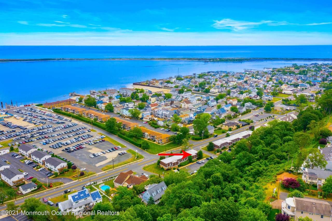 321-323 Shore Drive - Photo 1
