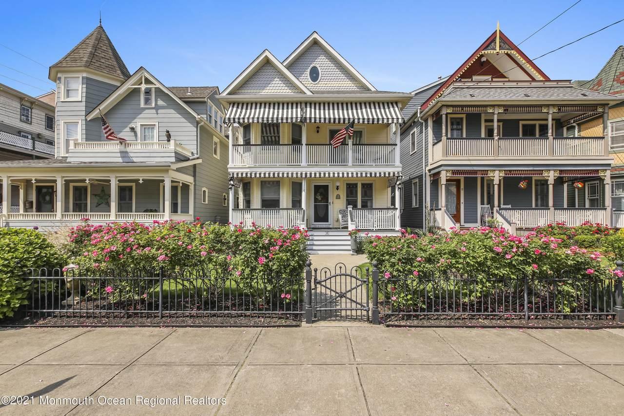 13 Seaview Avenue - Photo 1