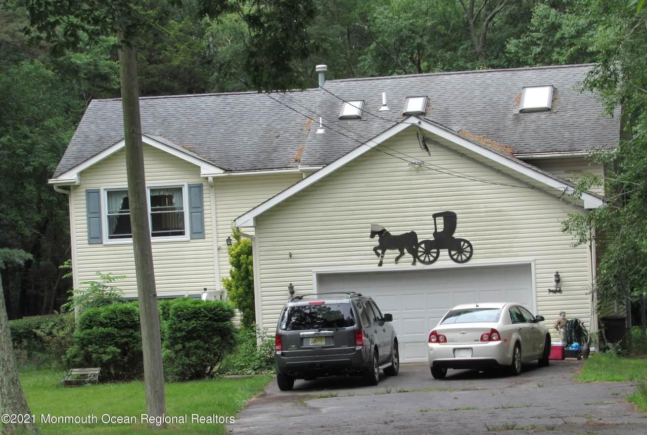 1055 Farmingdale Road - Photo 1
