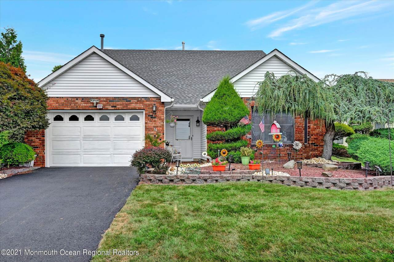 14 Benchley Drive - Photo 1