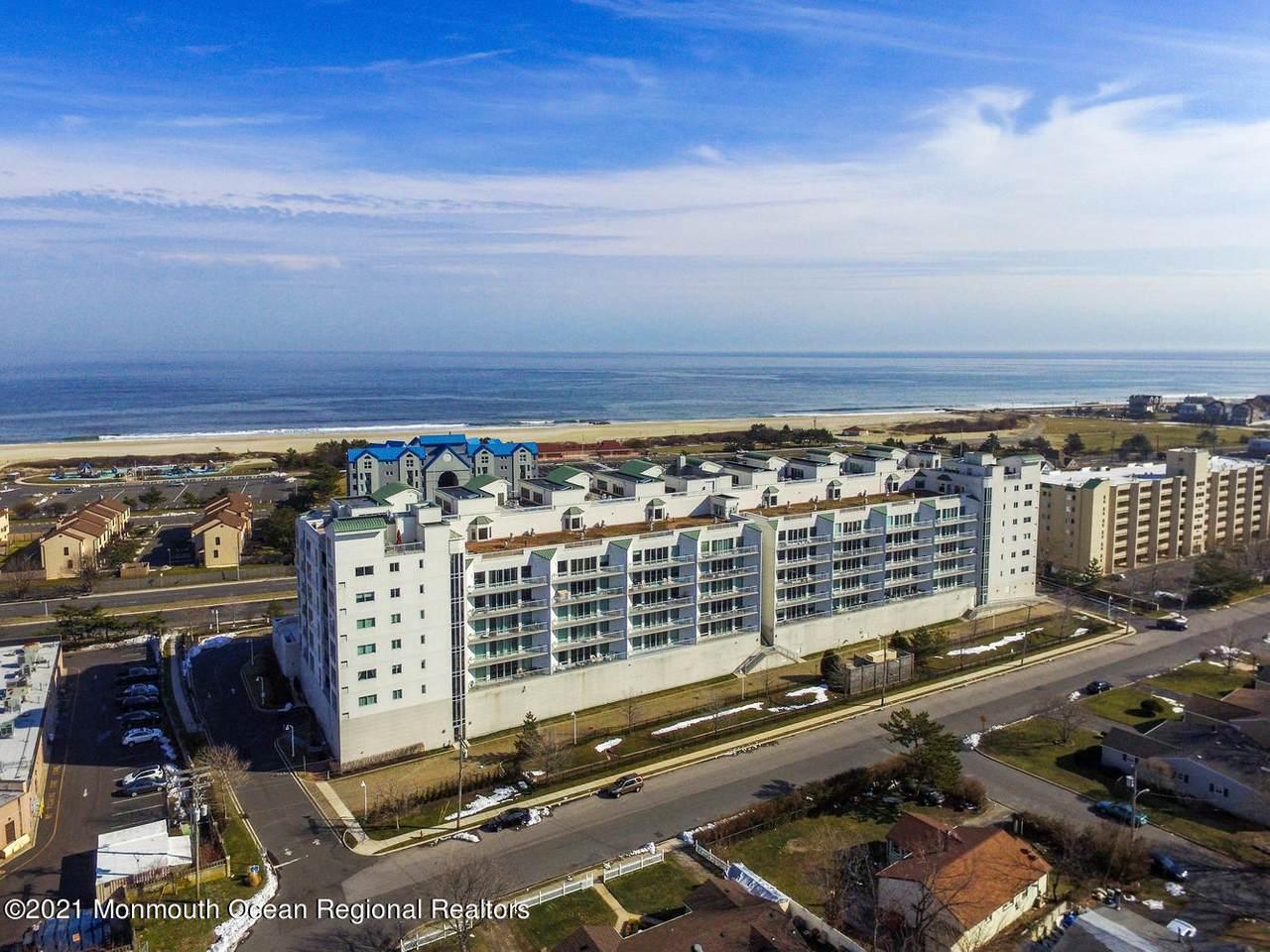 432 Ocean Boulevard - Photo 1