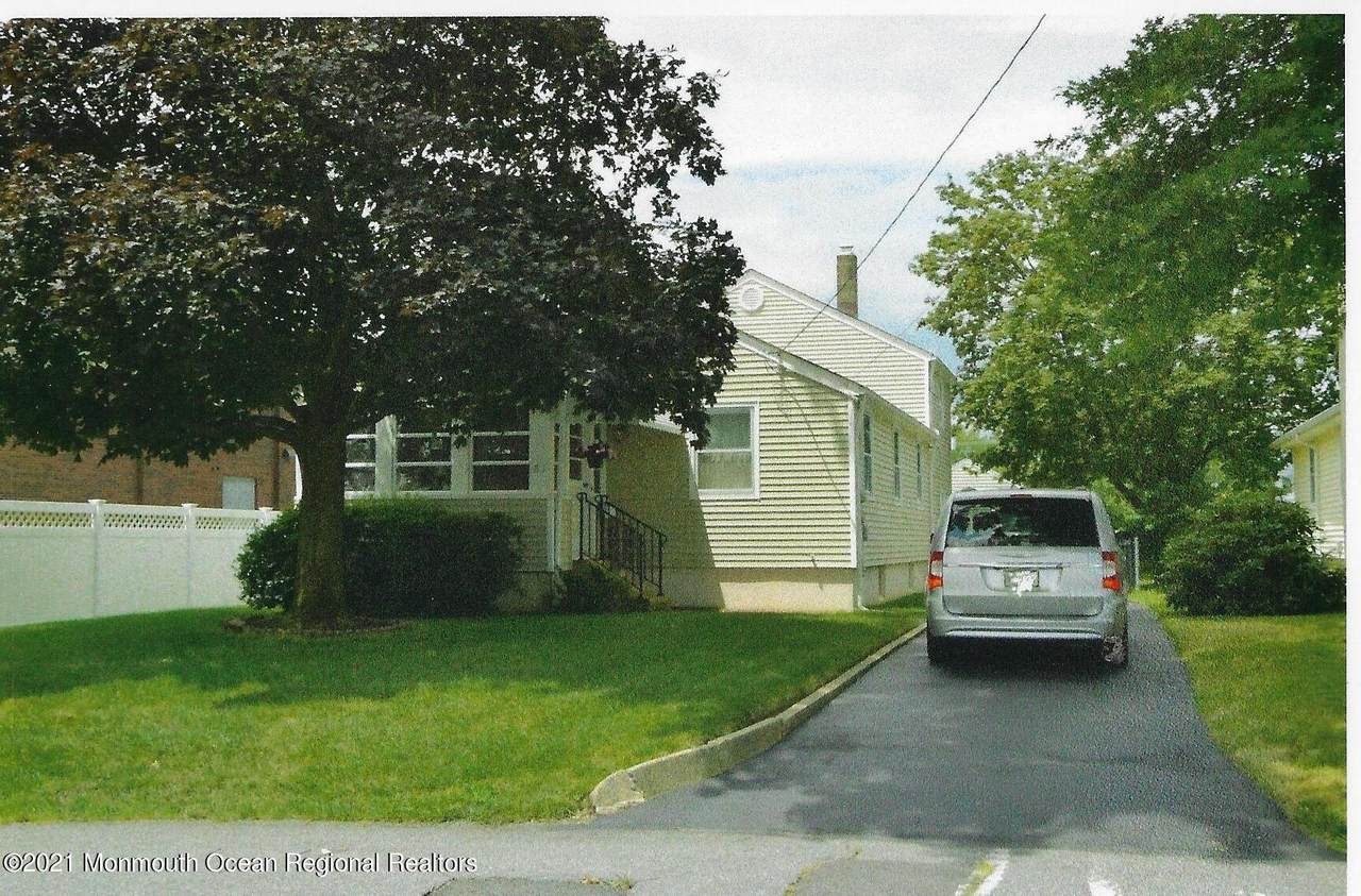 81 Curtis Place - Photo 1
