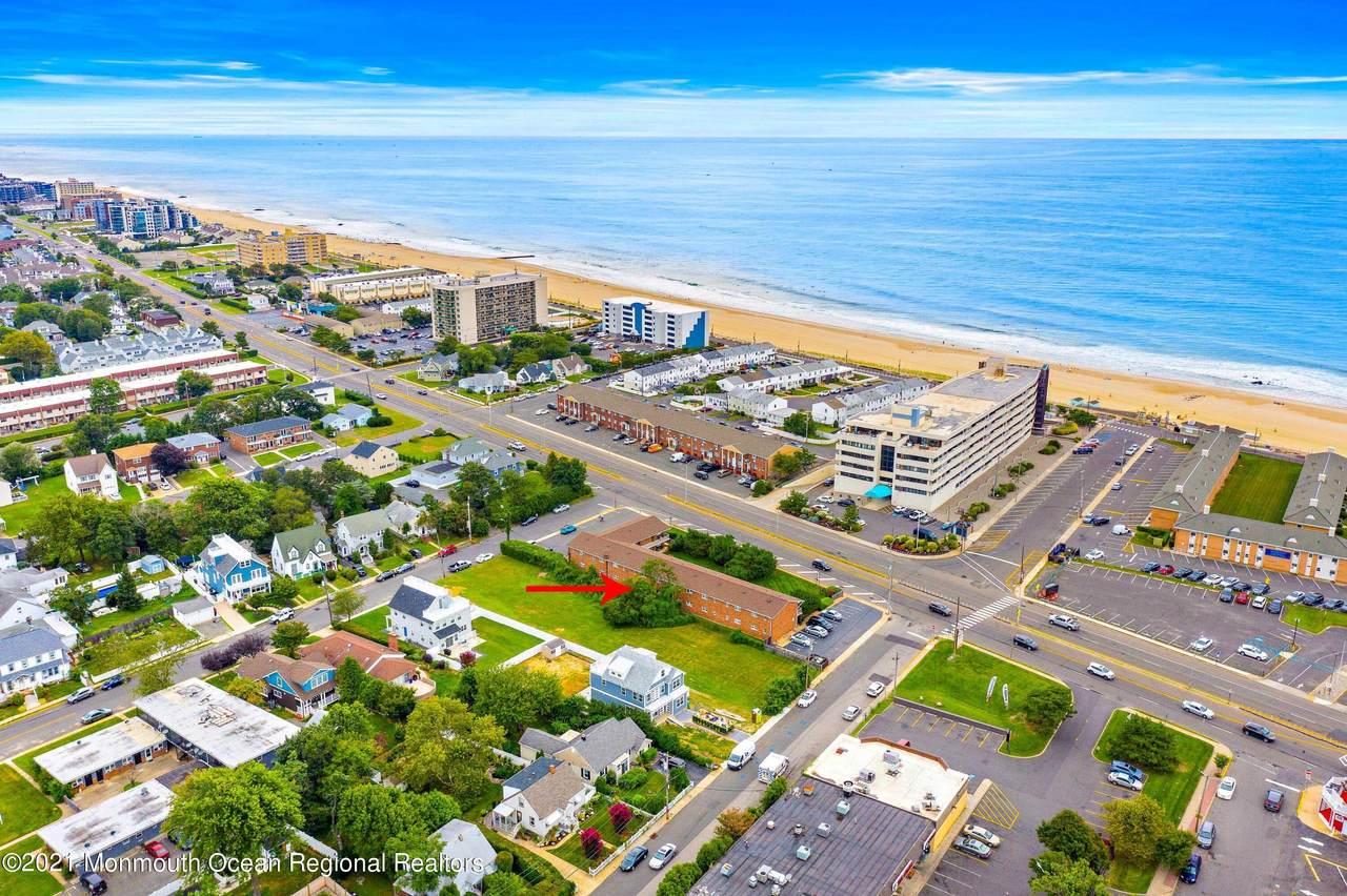 548 Ocean Boulevard - Photo 1