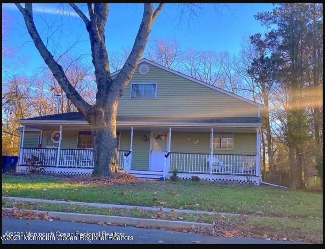 42 Lockwood Avenue - Photo 1