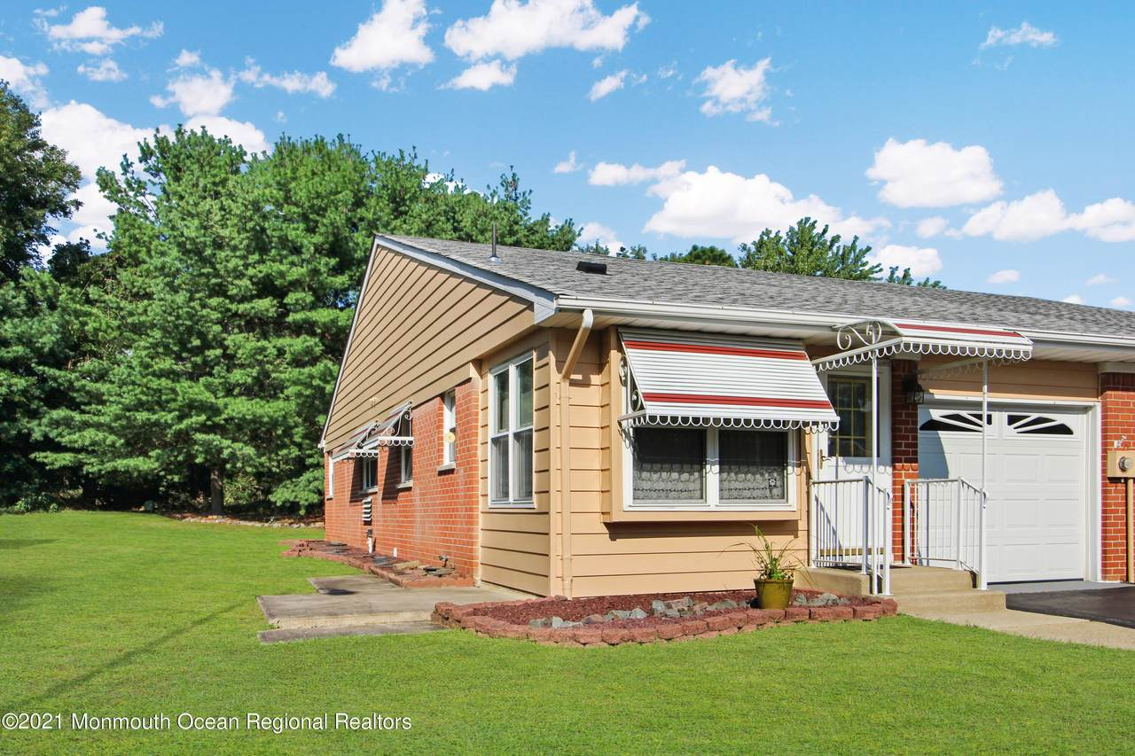 27A Independence Parkway - Photo 1
