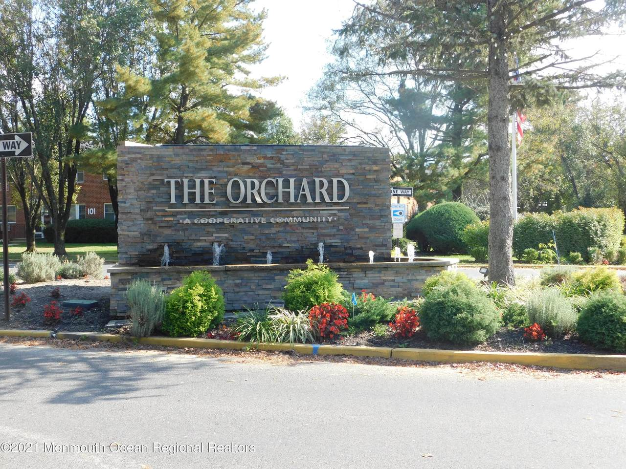 138 F The Orchards Of Windsor - Photo 1
