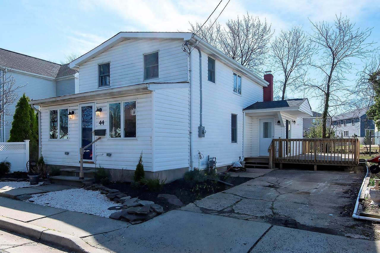 44 Shore Acres Avenue - Photo 1