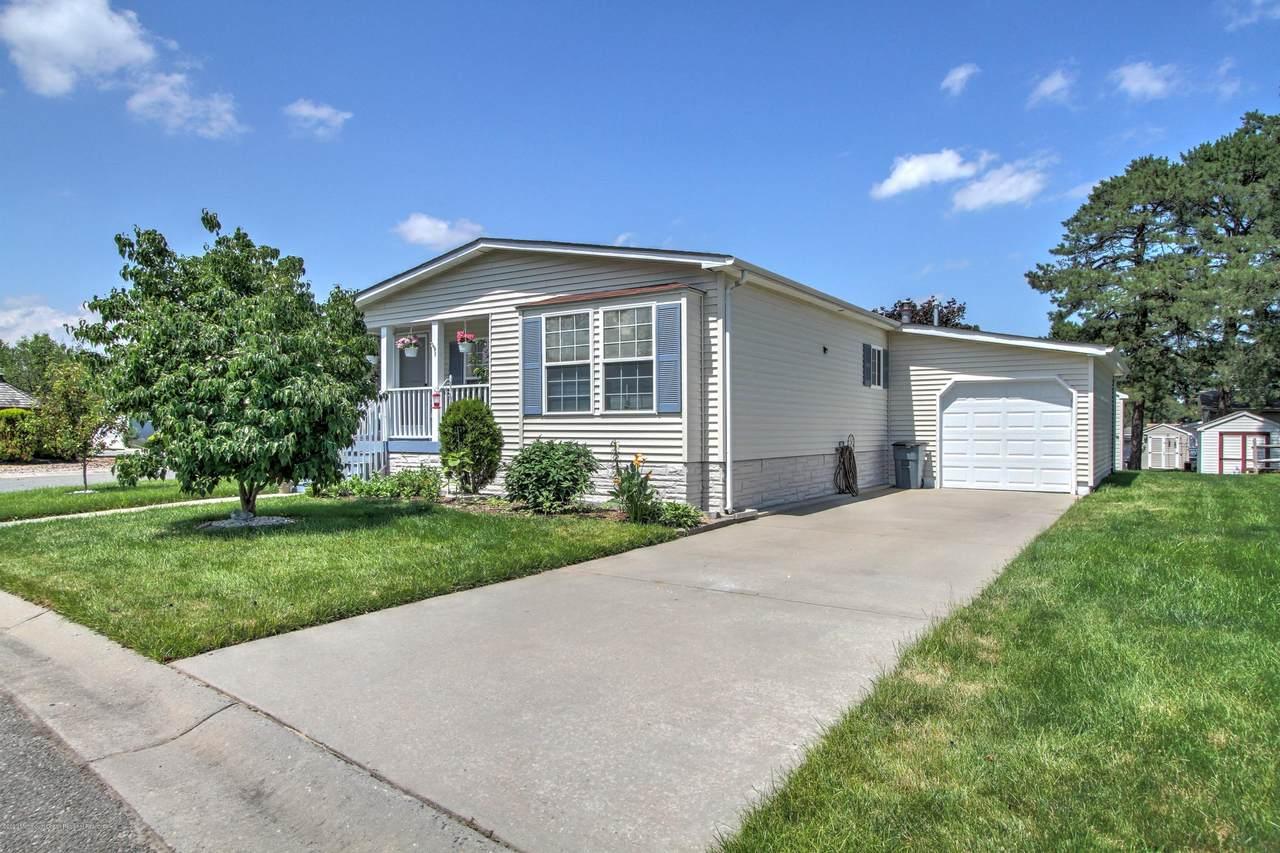 914 Oak Ridge Terrace - Photo 1