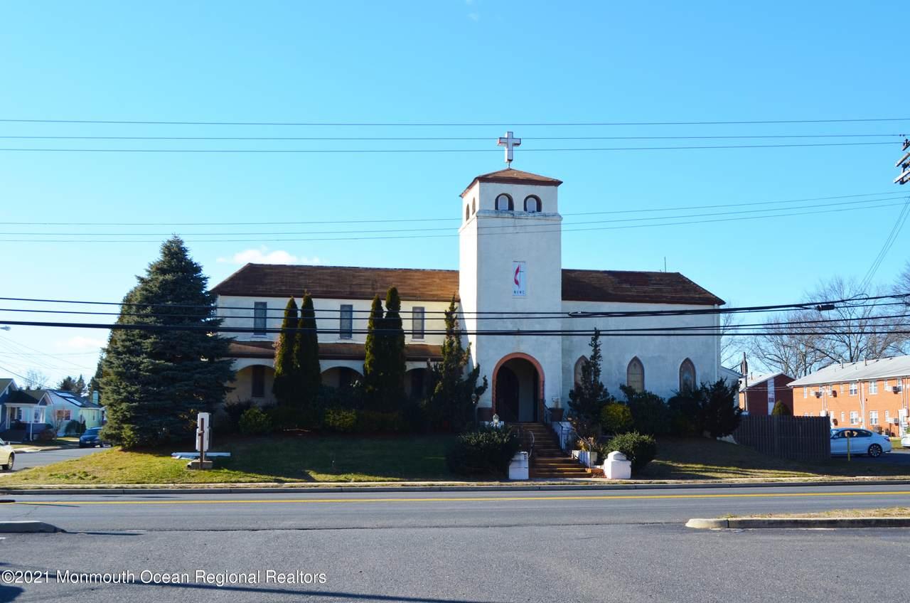 101 Sylvania Avenue - Photo 1