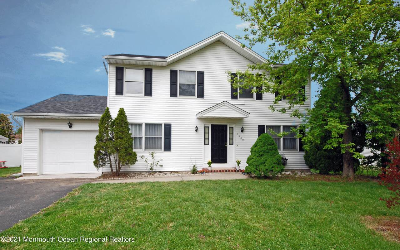 1080 Old Freehold Road - Photo 1