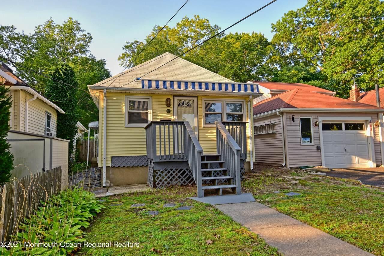 465 Monmouth Avenue - Photo 1