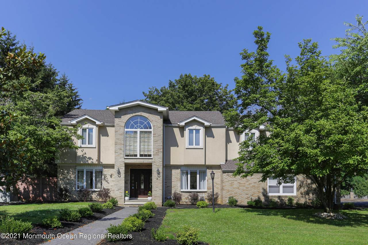 2 Whispering Pines Drive - Photo 1