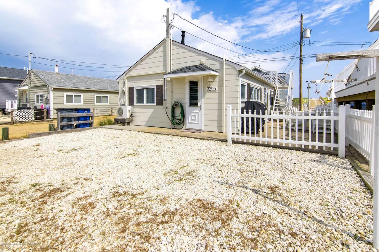 3295 Seaview Road - Photo 1