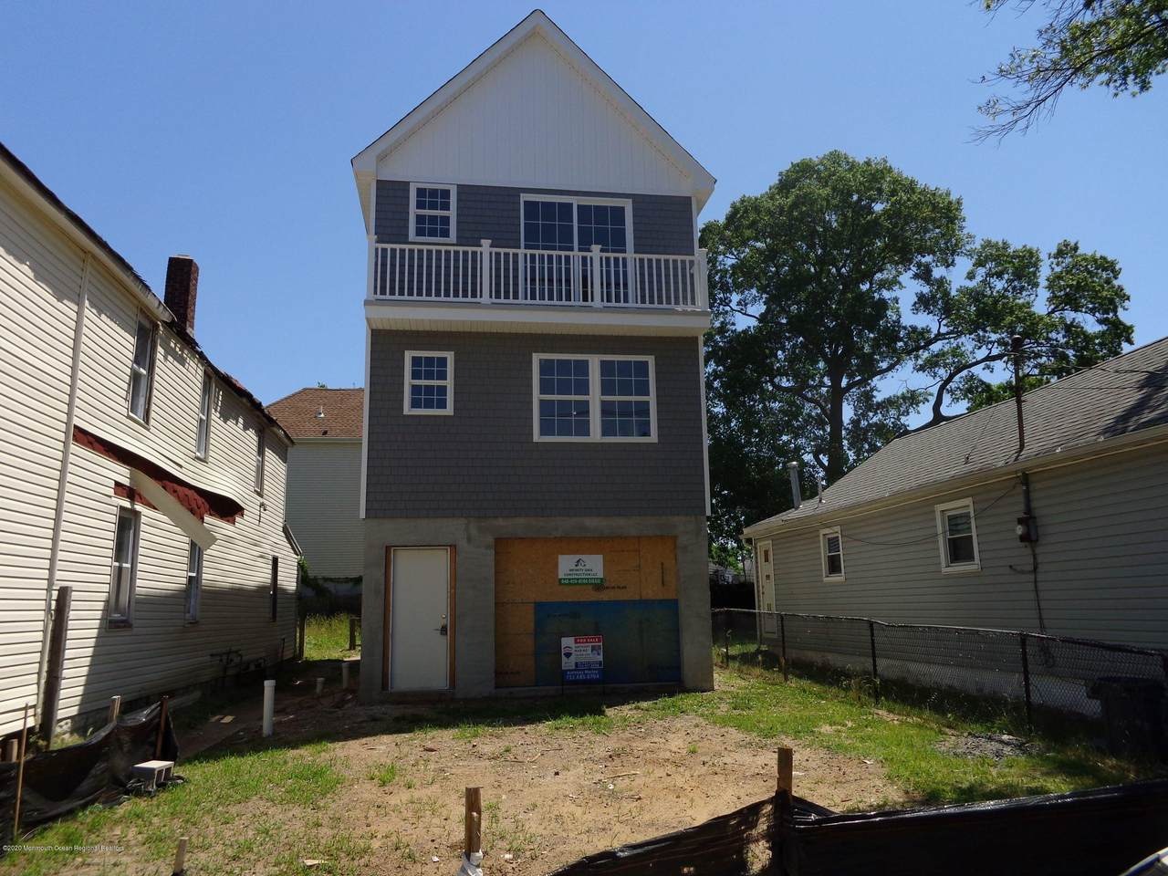 92 Raritan Avenue - Photo 1