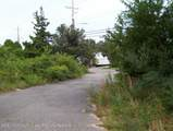 555 Bay Avenue - Photo 2