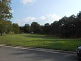 37 Pine Ridge Boulevard - Photo 3