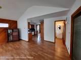 551 Oak Terrace - Photo 18