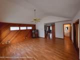 551 Oak Terrace - Photo 19