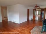 551 Oak Terrace - Photo 4