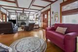 812 Oak Terrace - Photo 3